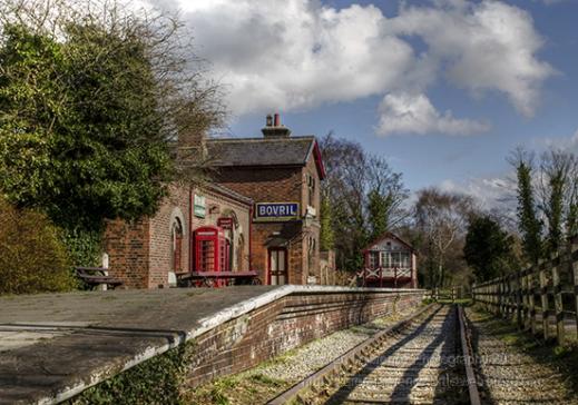 Willaston train station red phone box